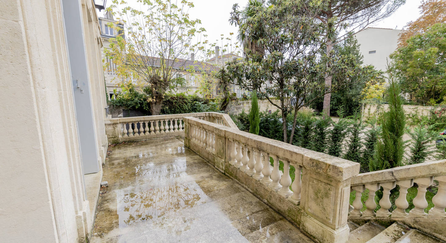 Show - BARNES Agency, luxury real estate in Bordeaux